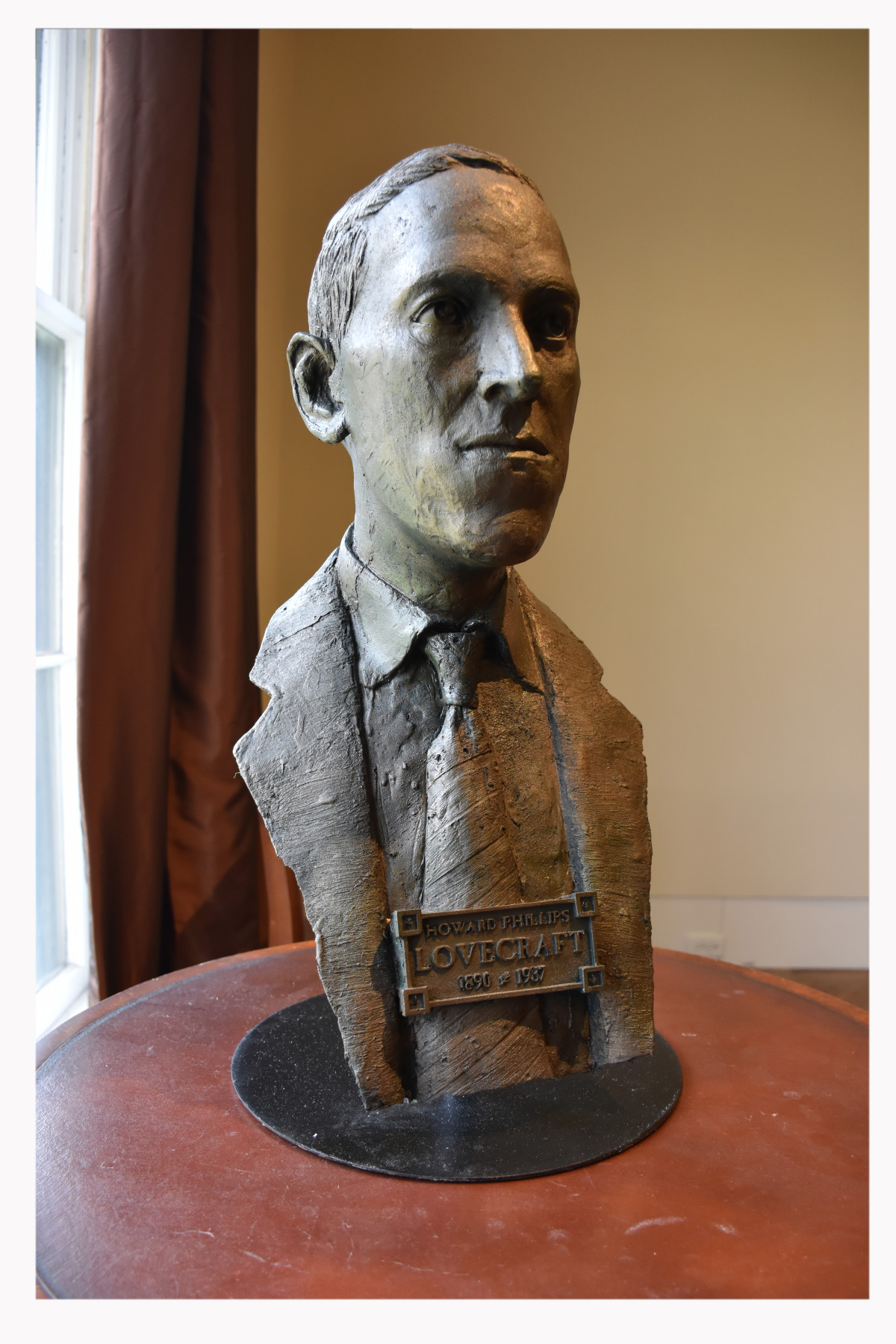 HP Lovecraft Bust 4